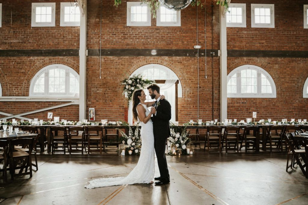Read more about the article Top 5 Reasons Why Hiring a Wedding Planner is SO Important